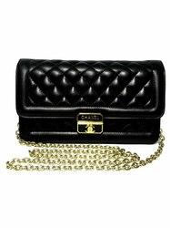 Кожаный клатч Chanel Ch-21