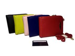 Яркий кошелек с ремешком на шею - 5 цветов W38-LA